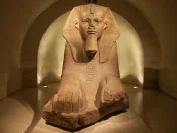 Louvre-sphinx-Tanis.jpg